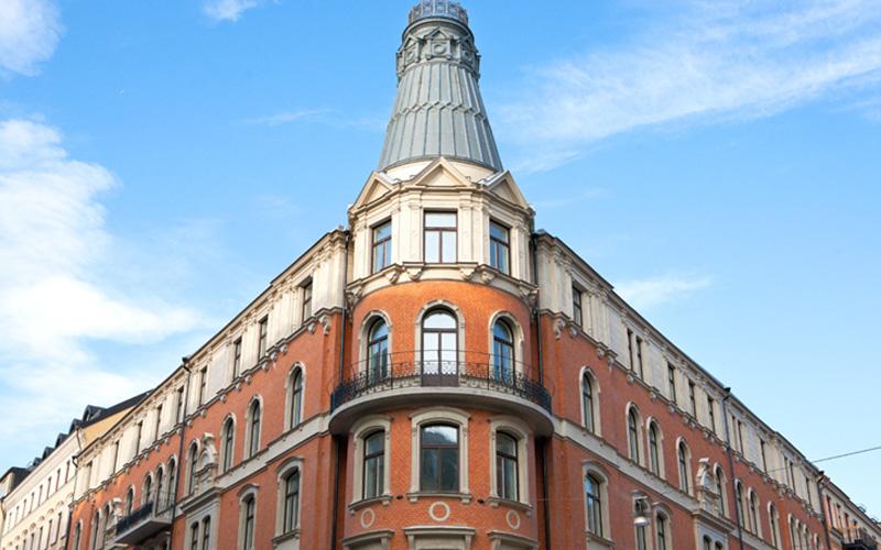 Kv. Kasernen 1, Stockholm. Fasadrenovering, balkongrenovering, fönsterbyte på kulturobjekt. SEHED Tresson 2017-2019